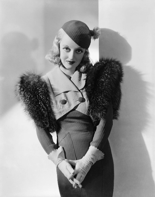 fashions-of-1934-bette2-500
