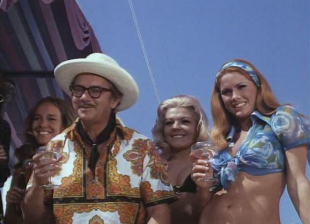 Wally Cox in The Boatniks
