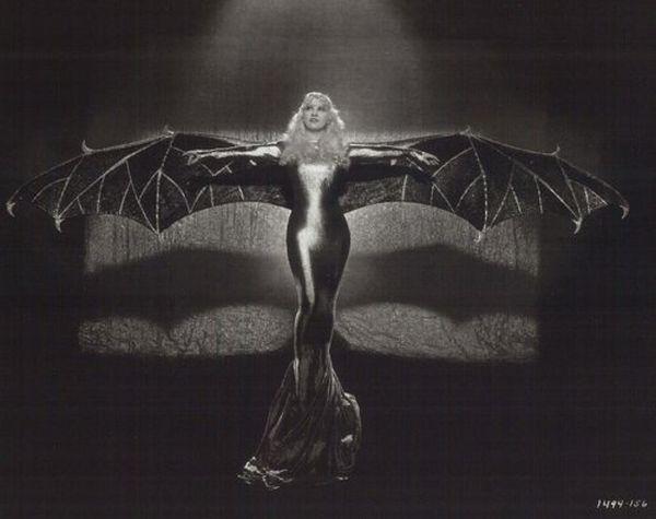 Mae West, 1934