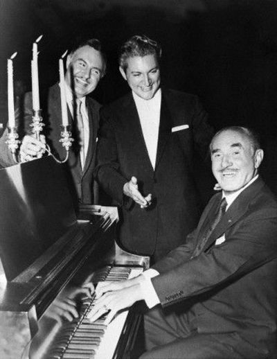 Sincerely Yours 1955 - George, Liberace, Jack Warner