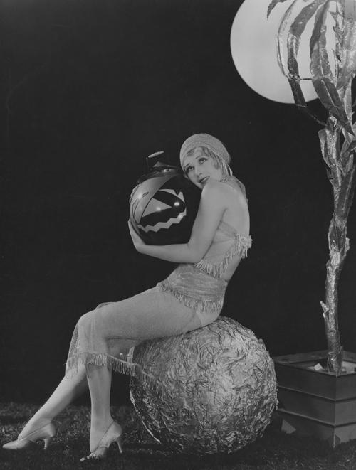 halloween-anita-page