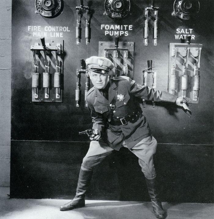 Regis Toomey in State Trooper