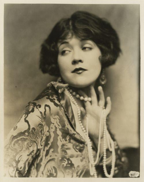 marie-prevost-marathon-portrait-by-henry-waxman-circa-1928