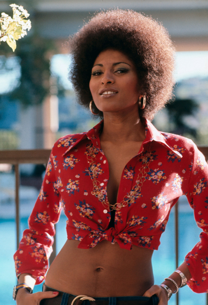 TITLE: COFFY ¥ PERS: GRIER, PAM ¥ YEAR: 1973 ¥ DIR: HILL, JACK ¥ REF: COF002AB ¥ CREDIT: [ THE KOBAL COLLECTION / AIP ]