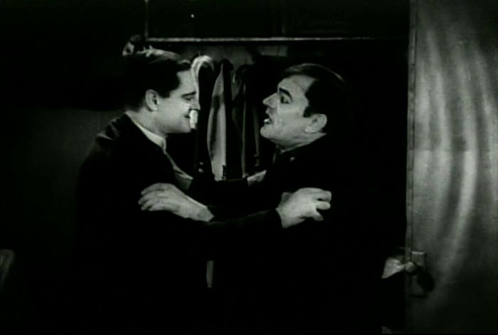 Lionel Barrymore and Lon Chaney in West of Zanzibar - Screen Capture from shebloggedbynight.com